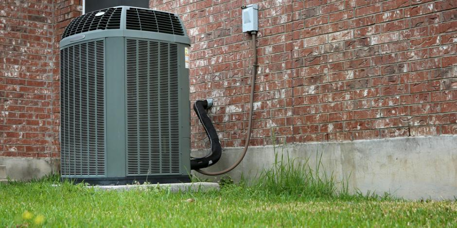 air conditioning unit outside of home